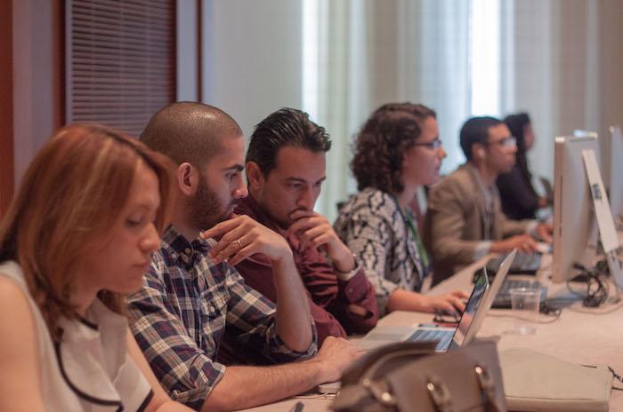 Estudiantes participan del taller de periodismo en salud. (Ivana Alonso / La Voz)